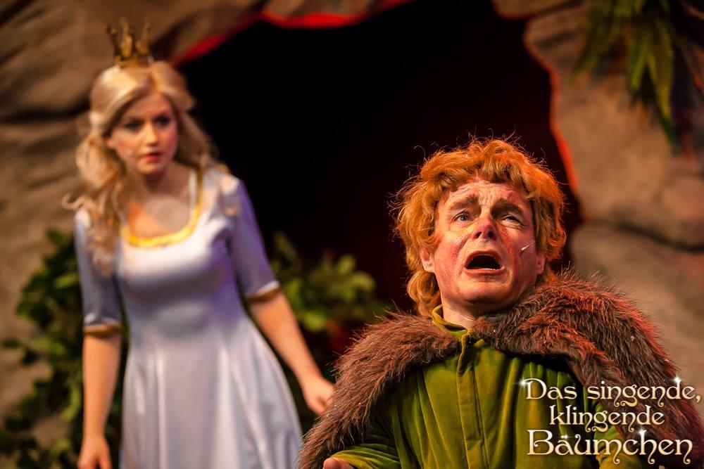 Peter Brownbill spielt Hauptrolle im Theater