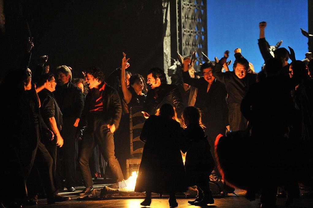 Peter Gatzweiler spielt heute wieder in der Oper Carmen