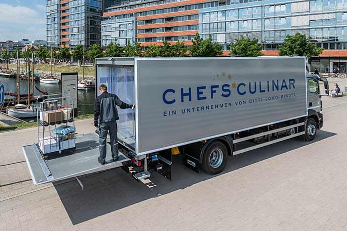 Peter Brownbill als Walk Act bei Chefs Culinar