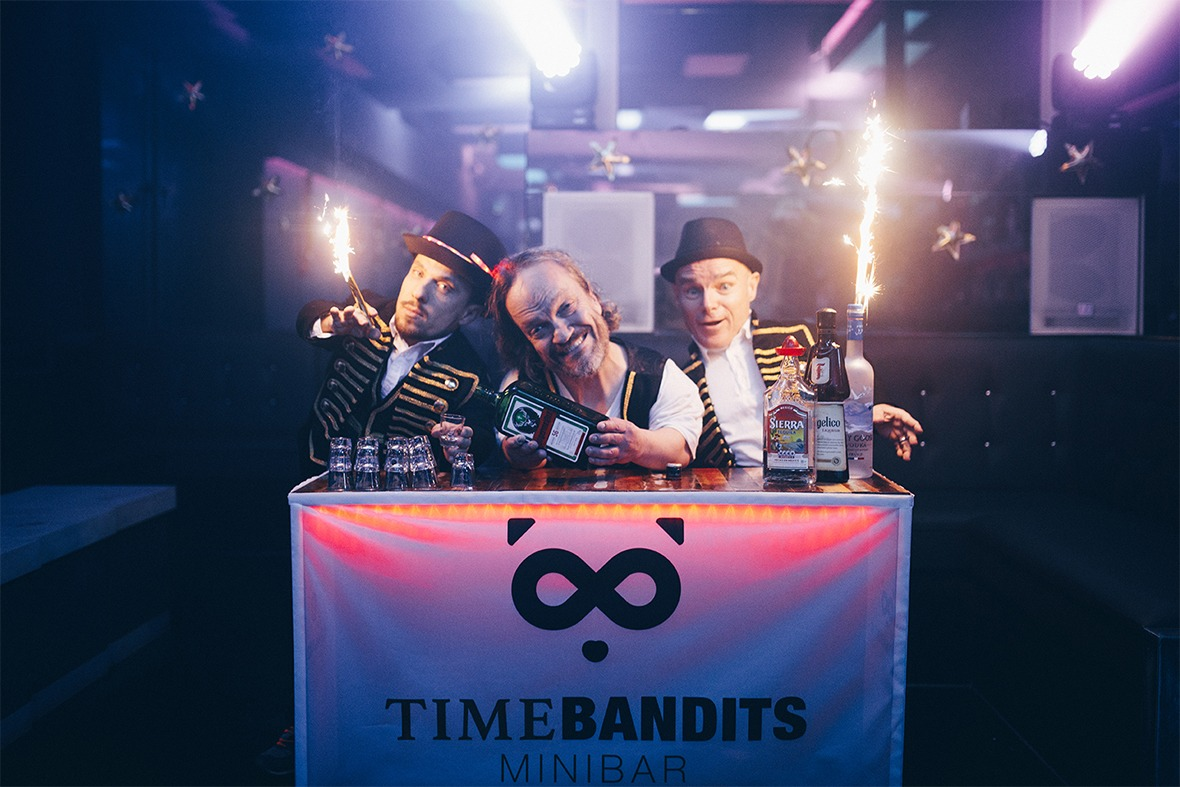 Time Bandits Minibar